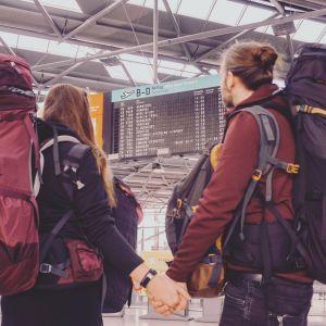 Artikelbild von Svenja und Christian auf großer Reise