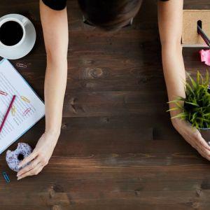 Artikelbild von Achtung Chaos! 7 Tipps für mehr Ordnung auf deinem Schreibtisch