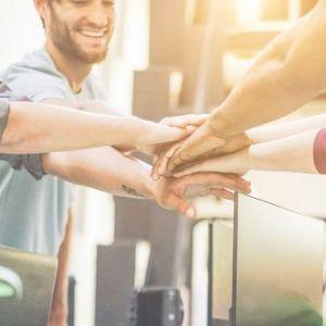 Artikelbild von Warum der Zusammenhalt unter Kollegen so wichtig ist
