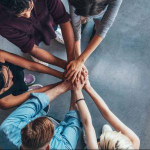 Artikelbild von Teamgefühl im Homeoffice stärken